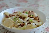 腊肉炒年糕的做法