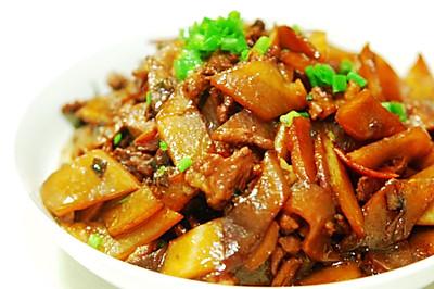 豆果菁选酱油——萝卜焖肉