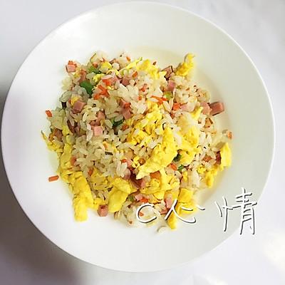 营养早餐之火腿蛋炒饭新手也可以做的早饭