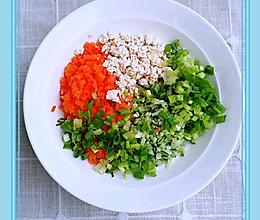 豆腐黄瓜胡萝卜鸡蛋饼的做法