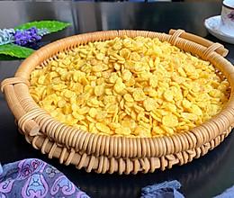 #换着花样吃早餐# 香酥黄金玉米片的做法