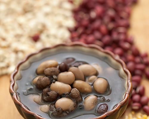 每天一碗全营养--五谷杂粮养生粥的做法