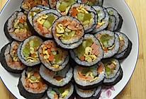 紫菜包饭寿司卷的做法