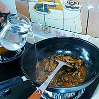 牛肉炖萝卜﹝香烂的牛肉*入口即化的萝卜,拌着浓浓的蒜香﹞的做法图解4