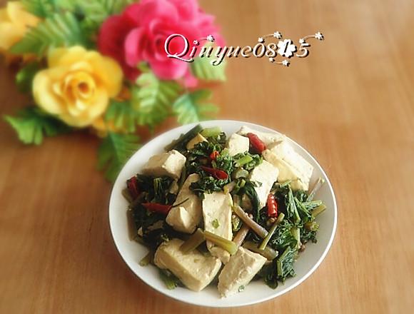 水萝卜缨炖豆腐的做法