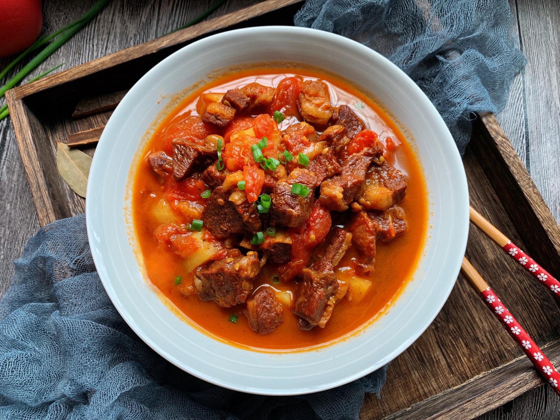 番茄土豆炖牛腩怎么做_番茄土豆炖牛腩的做法_薄荷糖的味道818_豆果美食