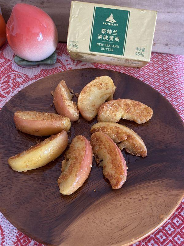 黄油苹果的做法