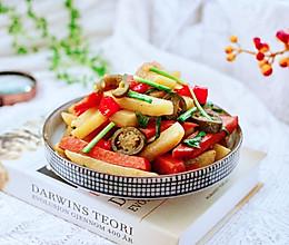 #肉食者联盟#辣炒火腿肠土豆条的做法