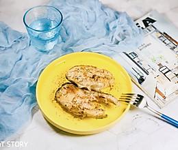 减脂餐必备—香煎鳕鱼扒的做法