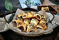 #晒出你的团圆大餐#枣蓉一口酥的做法