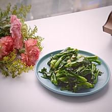 #精品菜谱挑战赛#抓住春天的味道,蒜炒小油菜苔