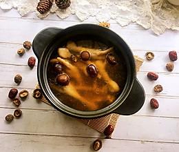 #秋天怎么吃#香菇红枣鸡脚汤的做法