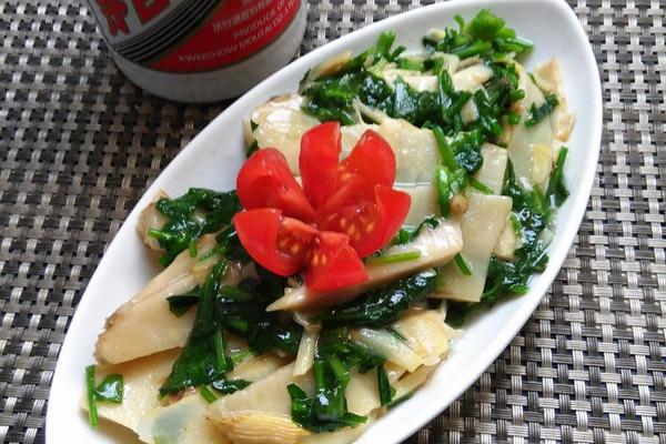 上海年夜饭必备荠菜笋片的做法