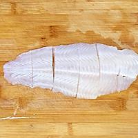 宝宝多吃一碗饭的番茄龙利鱼#520,美食撩动TA的心!#的做法图解2