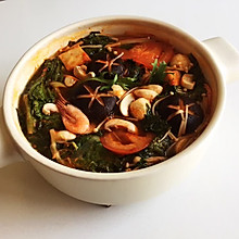 西红柿菌菇火锅