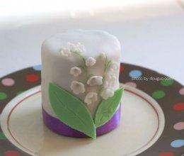 铃兰翻糖蛋糕的做法