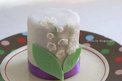 铃兰翻糖蛋糕