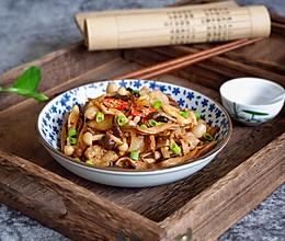 五花肉烩双菇#福临门面粉舌尖上的寻味之旅#的做法
