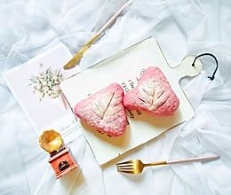 #网红美食我来做#火龙果麻薯软欧包的做法