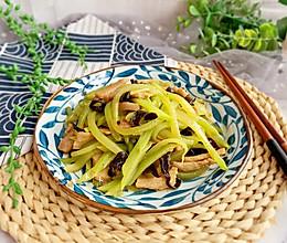 #好吃不上火#青笋炒肉丝(十分钟快手菜)的做法