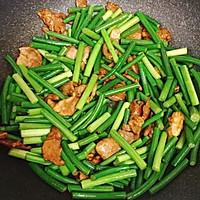 蒜苔炒肉片的做法图解6