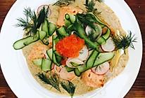 煎三文鱼瓜片色拉的做法
