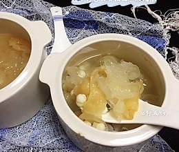 #入秋滋补正当时#莲子百合芡实银耳鱼胶糖水的做法