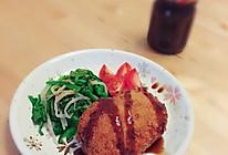 日式炸肉饼(メンチカツ)的做法