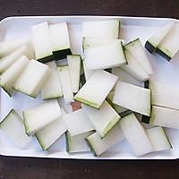 #一人一道拿手菜# 薏米冬瓜排骨汤的做法图解2