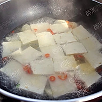 豆腐杂菌煲#美极鲜味汁#的做法图解3