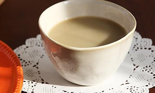 黄绿豆绿茶豆浆的做法