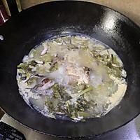 #花10分钟,做一道菜!#潮州咸酸菜香菇滚海鲈的做法图解8