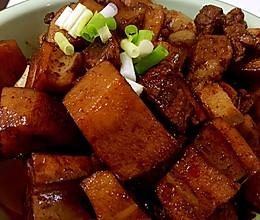 红烧肉烧藕的做法