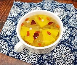 #春季减肥,边吃边瘦#  菠萝薏米银耳汤的做法