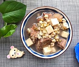 土茯苓骨头祛湿汤的做法