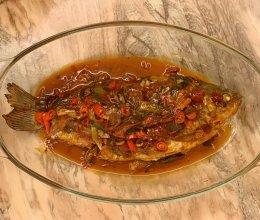 可以吃下两碗米饭的经典红烧鲫鱼的做法