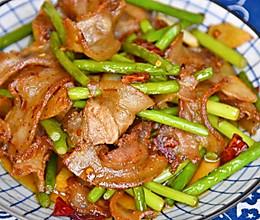 蒜苔炒五花肉的做法