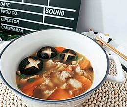 胡萝卜香菇肥牛汤的做法