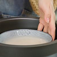 饺子皮咸蛋黄烧麦的做法图解1