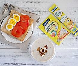 雀巢学生早餐:牛奶燕麦核桃粥的做法
