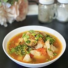 #入秋滋补正当时#减脂番茄蘑菇龙利鱼汤
