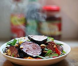 美食丨湘菜经典 奇丑无比却美味无穷的猪血丸子的做法