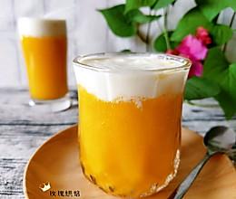 #憋在家里吃什么#奶盖芒果汁的做法