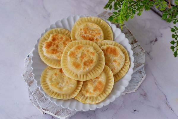 饺子皮香蕉派的做法