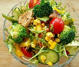 减脂鸡胸蔬菜沙拉的做法