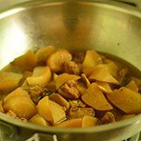 白萝卜炖排骨—冬季暖身的做法图解9