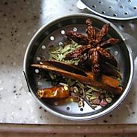 好啃的黄豆炖猪蹄的做法图解2