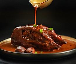 名厨菜谱-宫廷秘制酱猪蹄的做法