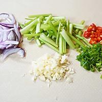 #美食新势力#泰式海鲜粉丝沙拉的做法图解4