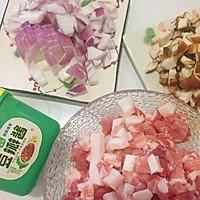 香菇肉酱面#助力高考营养餐#的做法图解2